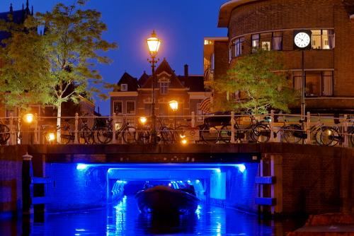Blue Hour Canal Tunnel Tour Leiden