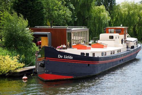 Love Boat Leiden